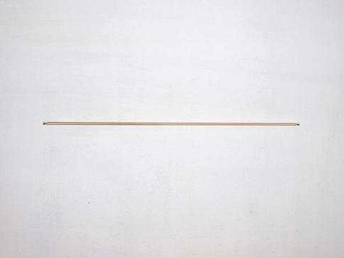 Ääri/Verge, kuminauha/rubberband, 37cm 2010