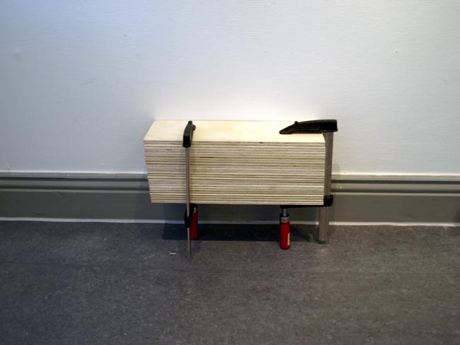 Kuinka monta aistia meillä on?/How many senses do we have? ohutvaneri, liimapuristimet/ clamps, plywood, 2012