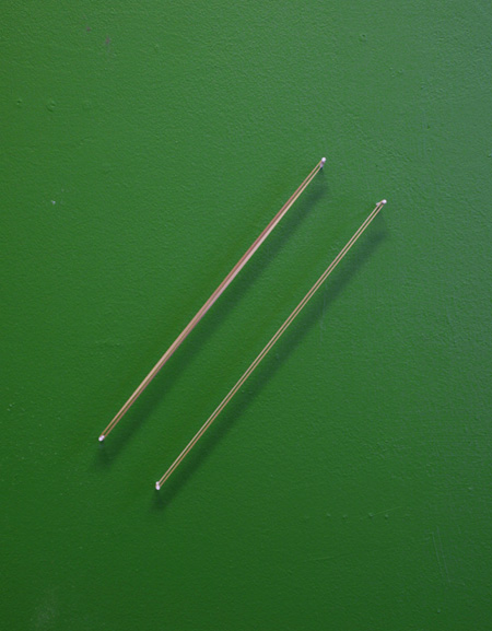 Syncro, kuminauhat, maali/rubberbands, paint2011
