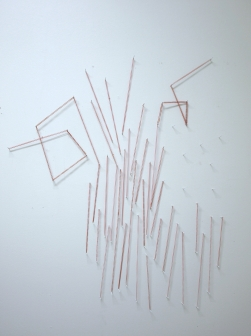 Untitled, kuminauhat ja naulat/rubberbands and nails, 2011