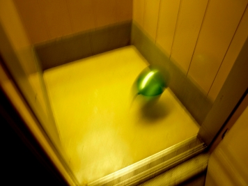 Balloon in an elevator